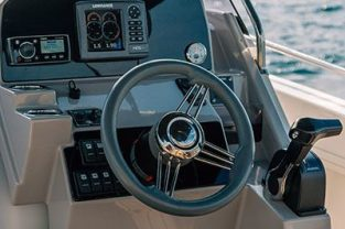 atlantic-open750-boat-rent