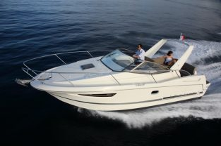 jeanneau leader 8 boat rental